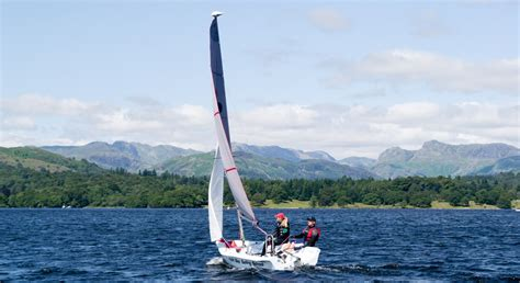 boat registration windermere sailing on lake windermere low wood bay watersports centre