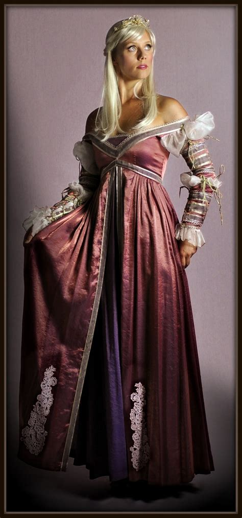 Handmade Renaissance Costumes - 42 best original costumes exclusive to the costume shop