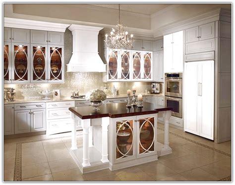 waypoint cabinets vs kraftmaid kraftmaid white kitchen cabinets home design ideas