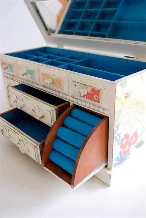how to make jewelry boxes best 25 jewelry box ideas on diy jewelry
