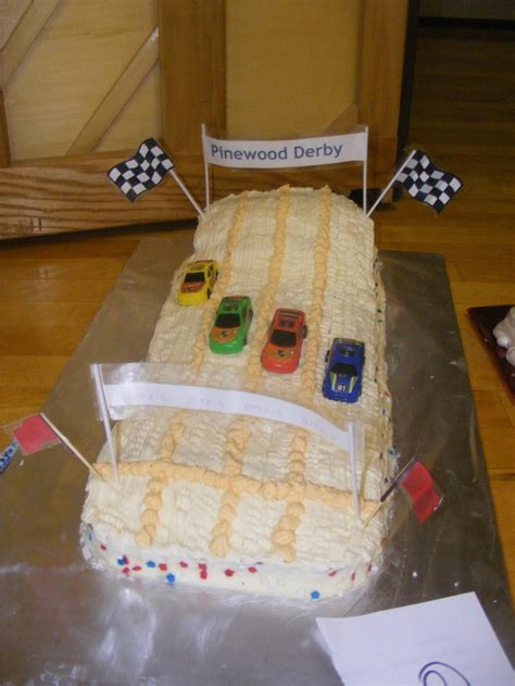 boy scout pinewood derby cake scouts cars