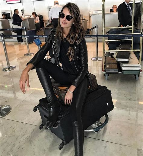 imagenes en latex online best 25 izabel goulart ideas on pinterest mail online