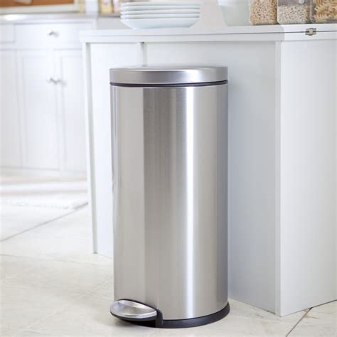 small kitchen garbage cans best large kitchen trash cans top 5 picks