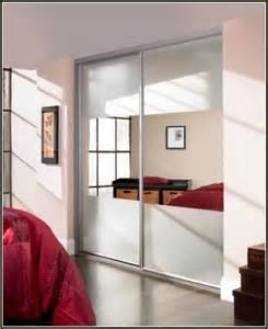 Stanley Sliding Closet Doors Mirror Bifold Closet Doors Stanley Home Design Ideas