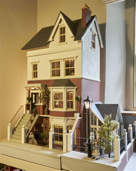 sid cooke dolls houses 17 best images about dollhouses artistic unique on pinterest queen anne dollhouse