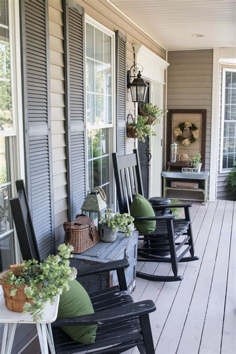 decorate front porch 25 best ideas about decorating front porches on pinterest