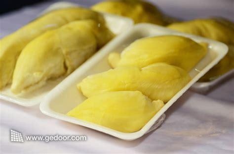 Durian Kupas Medan By Wak Durian wajib beli 5 oleh oleh khas medan gerbang logika