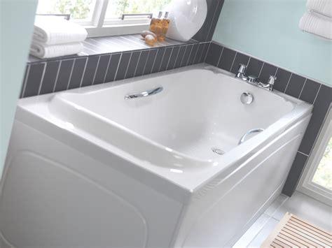bathroom wholesalers uk twyford signature 1700 x 700mm acrylic bath with grips