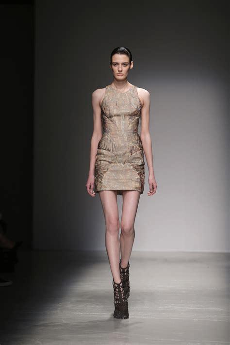 france bans super skinny models france bans super thin models in crackdown on anorexia