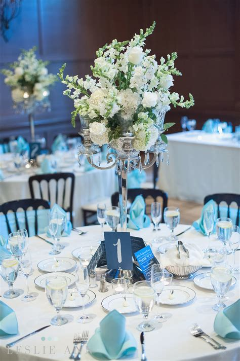 blue table settings blue wedding table