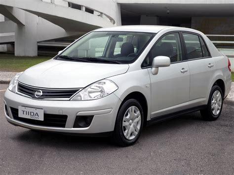 tiida sedan st generation facelift tiida nissan  carlook