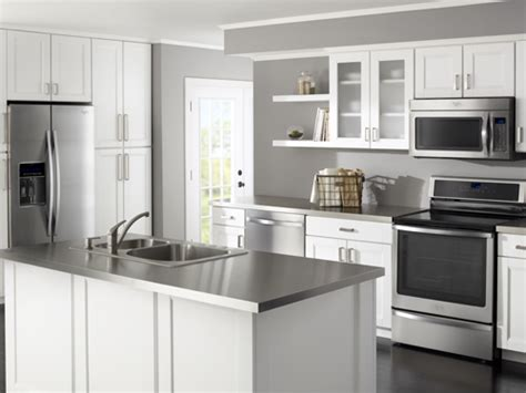 kitchen collection com whirlpool at lowe s kitchen collections