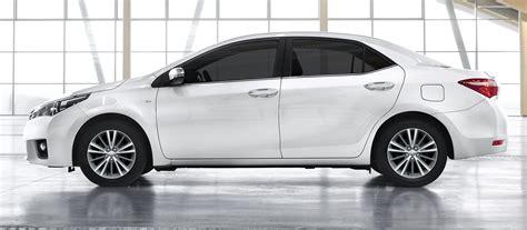 toyota corolla  de perfil el lado mas conservador del modelo automotiva