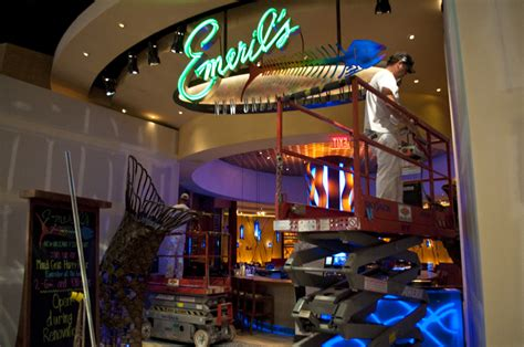 emeril s new orleans fish house emeril s new orleans fish house still open during