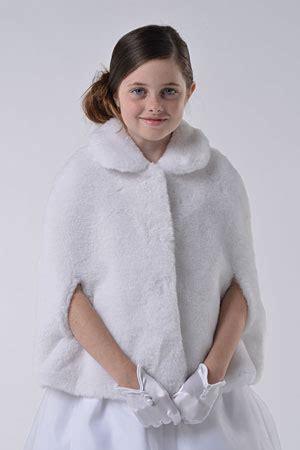 ua  angels faux fur cape style  white