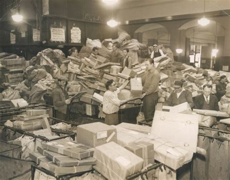 new york post newspaper best christmas presents starts early new york post office deluged by packages 1931