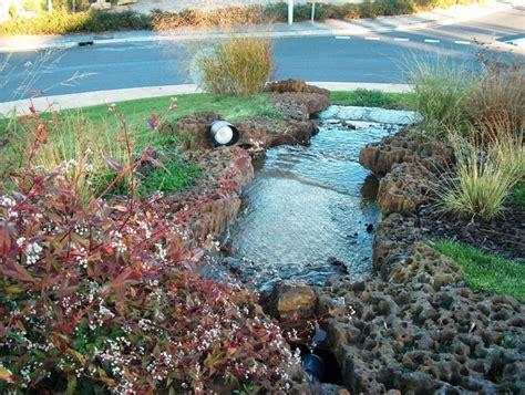 Photo à Ychoux (40160) : Fontaine rond point rte de Lüe, Parentis, Sanguinet Ychoux, 9228