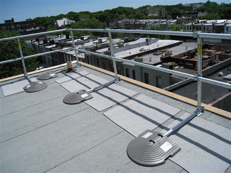Free Standing Handrail Systems keeguard roof fall protection railing rooftop guardrail