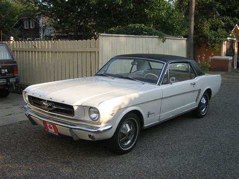 12 ford mustang file 1964 12 ford mustang jpg wikimedia commons