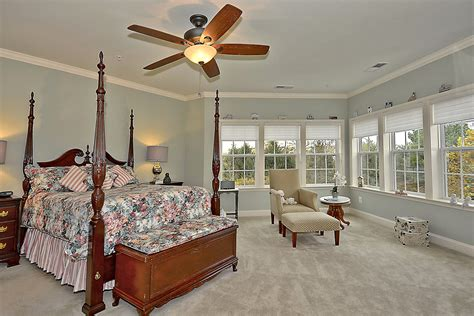 shirlington house shirlington crest townhome roberts real estate