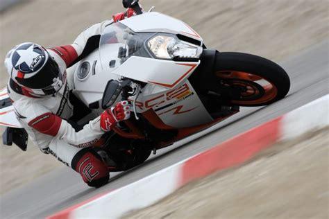 V2 Motorrad Vergleich by Ktm Rc8 R Testbericht
