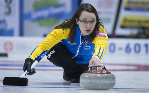 val s val sweeting s rink finds sweet spot at scotties with 3 0 start toronto star
