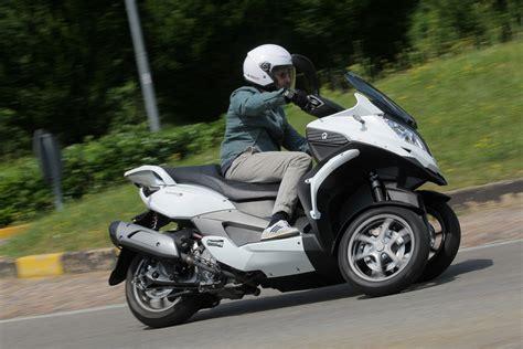 Suche Leichtes Motorrad F R Wohnmobil by Sechs Ps Mehr F 252 R Den Quadro Magazin Von Auto De