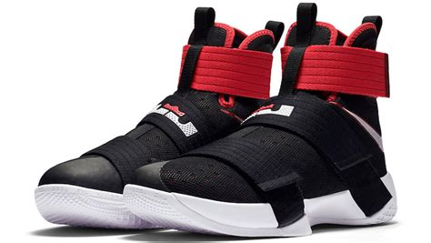 Sepatu Basket Nike Lebron Zoom Soldier 10 Bred Black Curry official images of the black nike lebron zoom soldier 10 kicksonfire