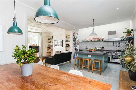holiday appartments in london best areas to stay in london as a tourist helloguest