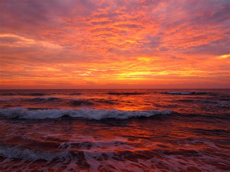 photo   day twilight  kosgoda beach sri lanka
