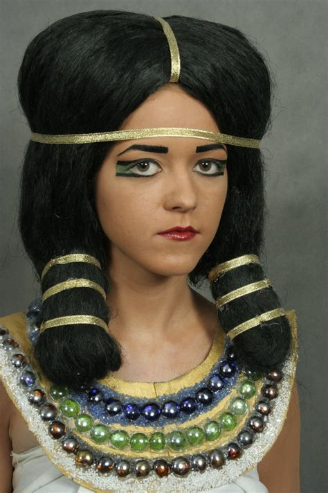 modern egyptian hair ancient egyptian make up by holietka on deviantart