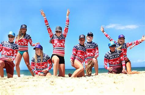 how do australians celebrate christmas australia celebration celebrate day on sydneys bondi photo