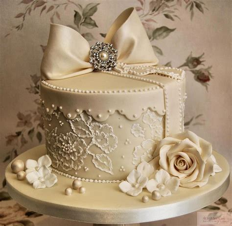 More Cakes by Helen S Cakes And More Wedding Cakes
