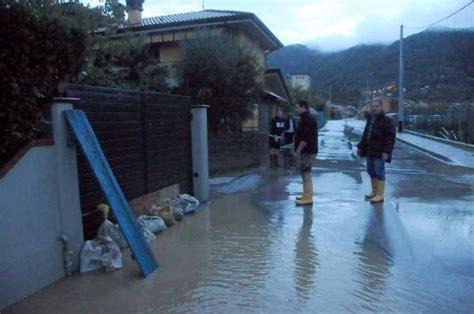 previsioni meteo lavello maltempo toscana alluvione massa carrara frane ed