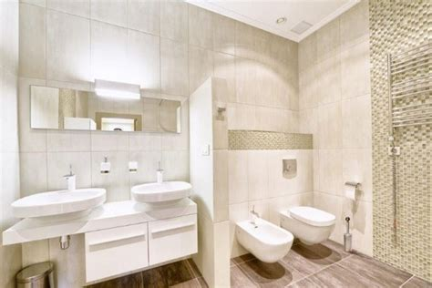 bagno piu bagni pi 249 puliti ed eleganti con wizzo arredamente