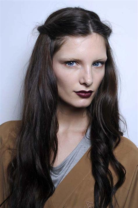 trend light hair dark eyebrows best 25 dark lips ideas on pinterest brow dark