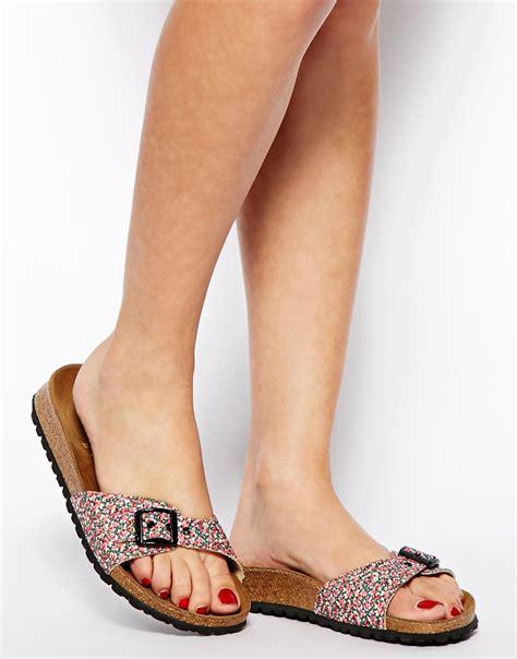 Sandal Flat Serut 3 Warna lyst birkenstock papillio by madrid liberty pepper floral flat sandals