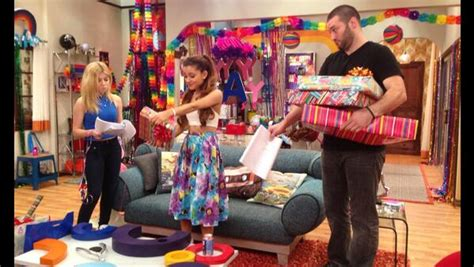 sam and cat room cat and goomer sam and cat wiki fandom powered by wikia
