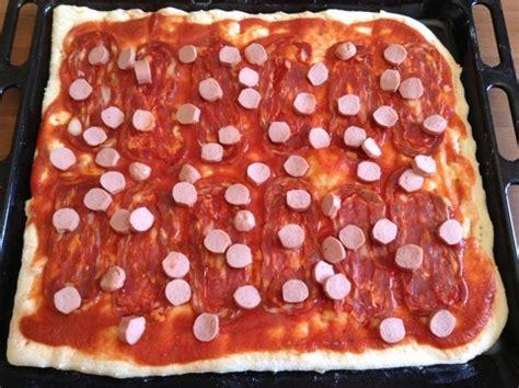 pizza soffice fatta in casa pizza fatta in casa soffice e fragrante kikakitchen