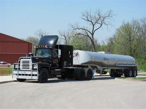 greensboro rubber st 25 best ideas about mack trucks on semi
