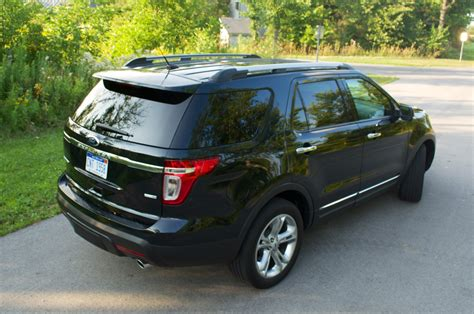 Ford Explorer Reviews by Ford Explorer Limited Review