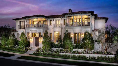 mediterranean style homes california coast mega chic and modern mediterranean mansion in newport coast