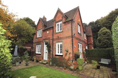 Cottages In Nottingham by 2 Bedroom Semi Detached House For Sale In Burntstump