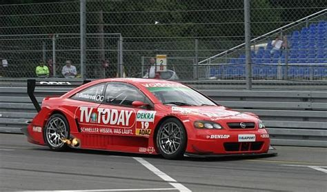 opel race car opel astra race car dtm veiculos opel pinterest