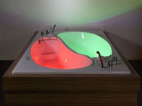 couple bathtub ying yang couple s bathtub is perfect for one of those days
