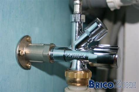 brancher machine a laver sur robinet evier siphon evier 1