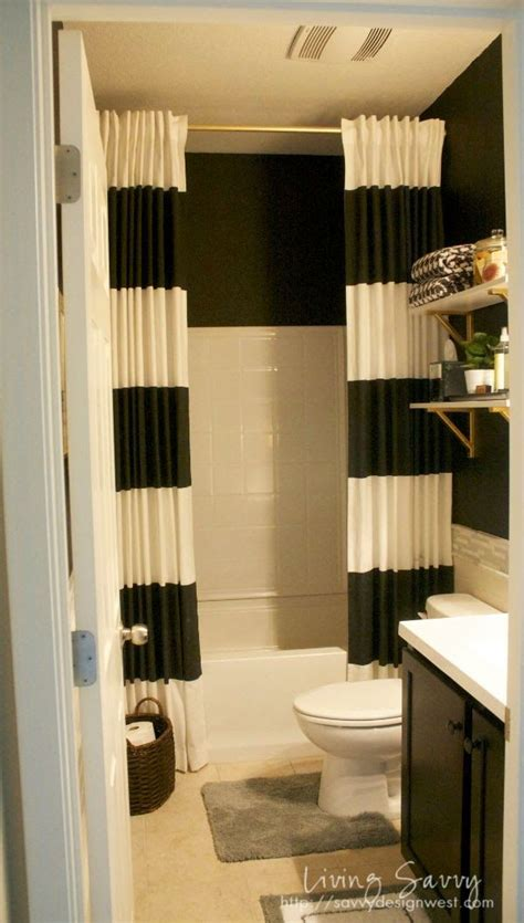 shower curtain ideas for small bathrooms 25 best ideas about shower curtains on