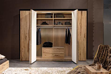 Holzschrank Schlafzimmer by M 246 Bel Geiser Sa Komplette Schlafzimmer