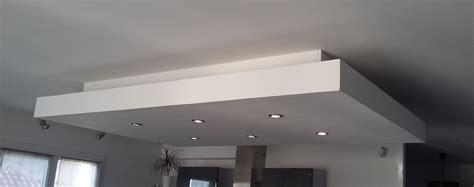 Comment Travailler Le Platre by Bricolage De L Id 233 E 224 La R 233 Alisation Plafond Descendu