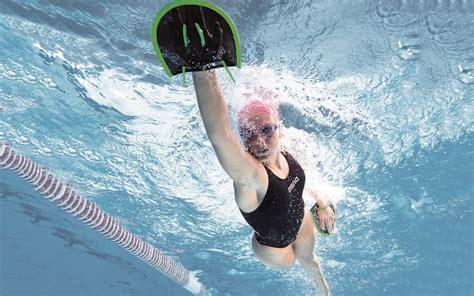alimentazione prima nuoto nuoto cosa mangiare dopo il in piscina silhouette